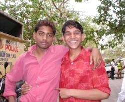 Boysindheli0321_2