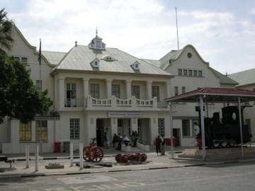 Windhoekstation1008