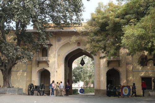 Gate200501